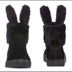 Shoes - Black bunny boots